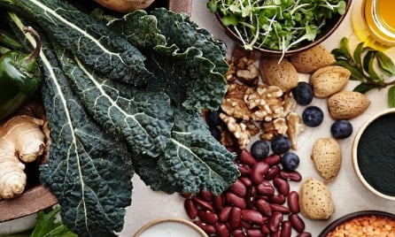 5 Superfoods healthier than kale